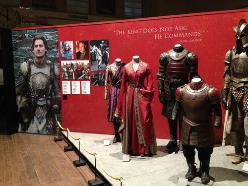 Game of Thrones Exhibition: سہارا and Costumes