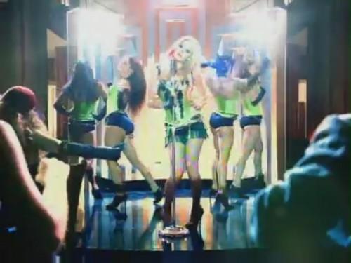 Hot [Music Video]