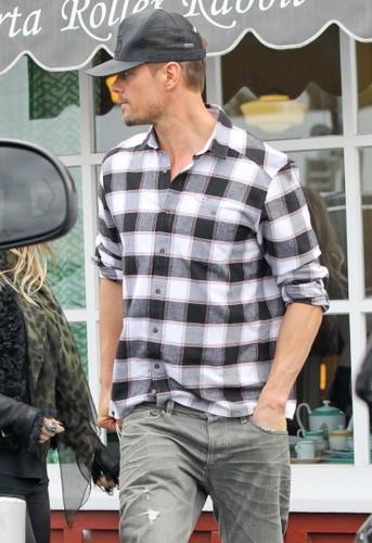 Josh & ফের্গেই out in Santa Monica