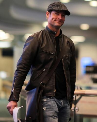 Josh Holloway in Vancouver 09.03.2013