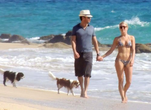 Julianne out in Cabo San Lucas