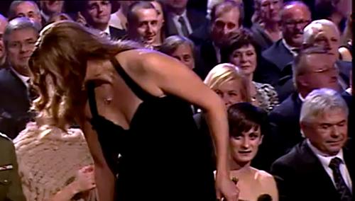 Kvitova breast in tv