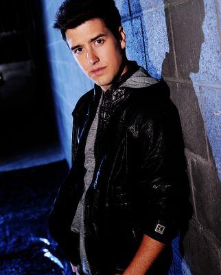 Logan Henderson wolpeyper titled Logan
