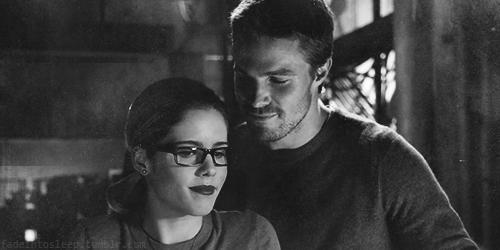 Oliver & Felicity দেওয়ালপত্র titled Manips