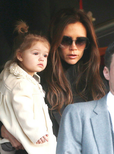 March 9th - Paris - Victoria, kids, Sandra and Ted at PSG vs Nancy