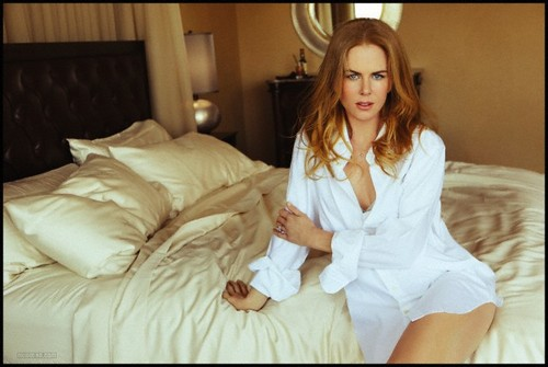 Nicole Kidman wallpaper probably containing a well dressed person called Nicole Kidman