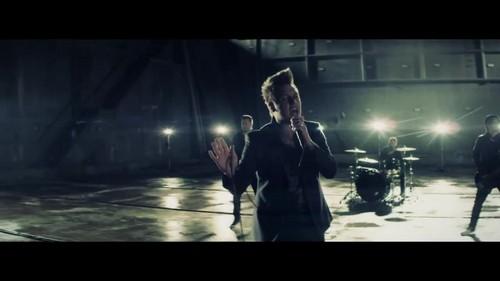 Papa Roach- Before I Die {Music Video}