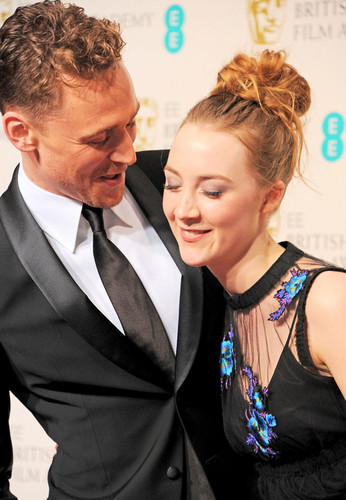 Saoirse Ronan and Tom Hiddleston