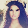Selena Gomez photo with a portrait titled Selenα G ♥