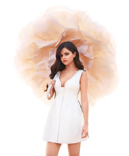 Selena Gomez - Harper's Bazzar - Photoshoot - 2013