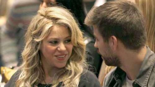 Shakira Pique hot smile