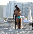 Shemar Moore Relaxes in Miami - shemar-moore photo