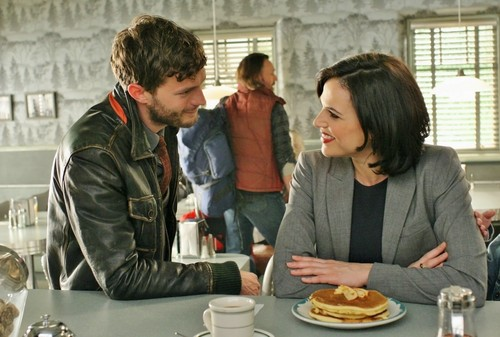Sheriff Graham - Episode 2.17 - Welcome to Storybrooke