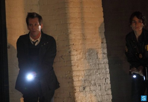 The Following - Episode 1.07 - Let Me Go - Promotional चित्रो