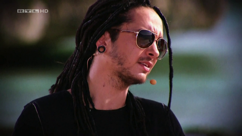 Tom Kaulitz 壁纸 with sunglasses titled Tom *___*