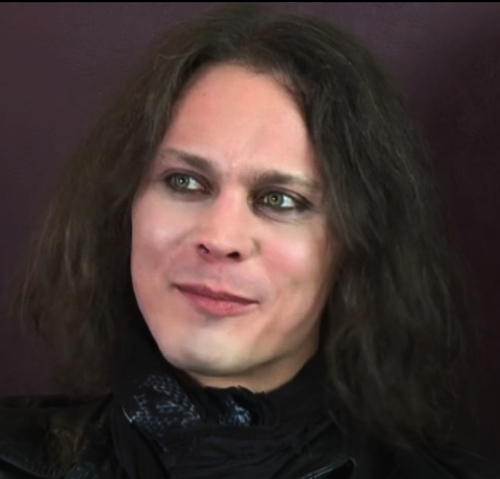 Ville Valo 壁纸 containing a portrait titled new pictures
