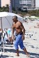 shemar enjoy in the beach - shemar-moore photo