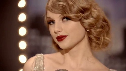 Taylor Swift wallpaper possibly containing a portrait called taylor-mean