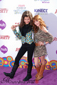 zella - bella-thorne-and-zendaya photo