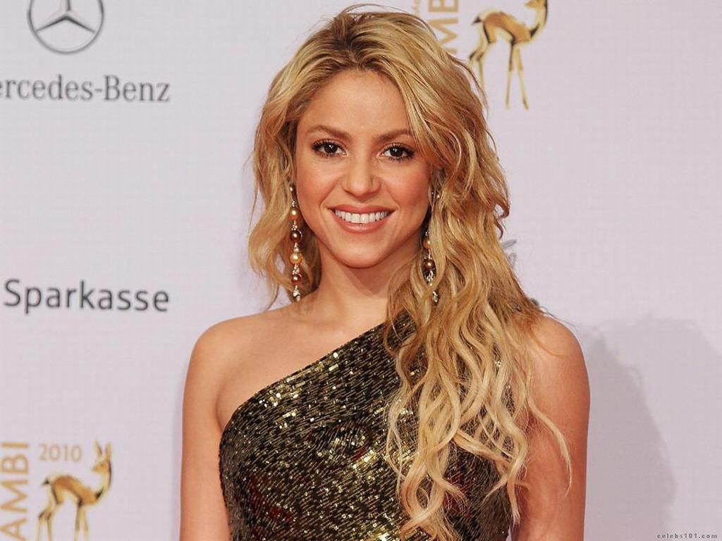 Shakira - Shakira Wallpaper (33928126) - Fanpop