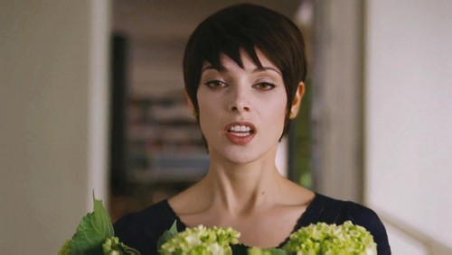 Alice Cullen wallpaper containing a broccoli titled Alice Breaking Dawn