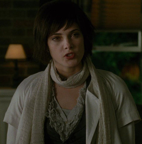Alice Cullen kertas dinding entitled Alice New Moon