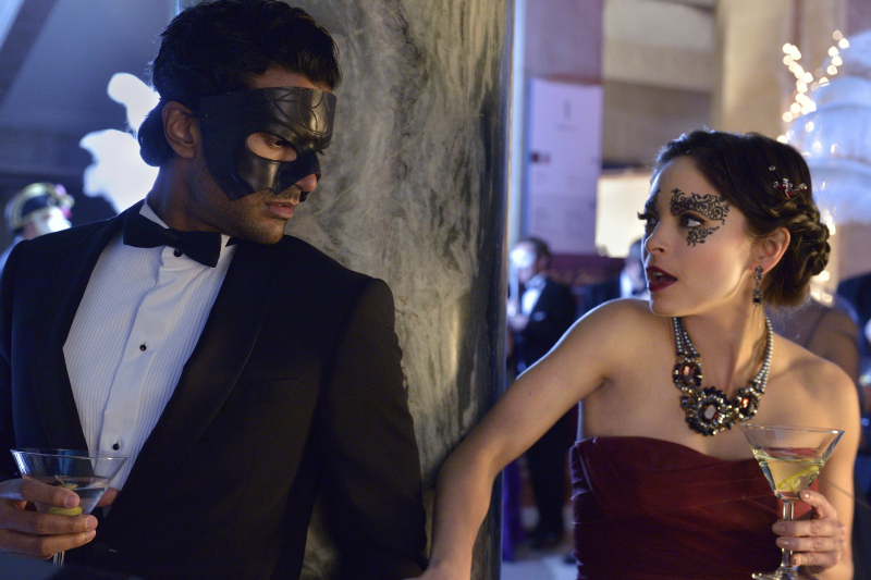"""Beauty And The Beast Episode 15 """"Any Means Possible"""" Preview Images"""