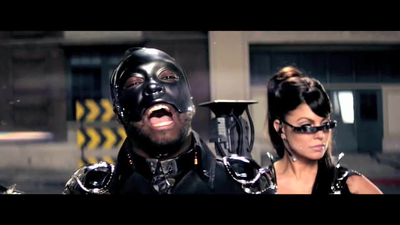 Black Eyed Peas - Imma Be Rocking That Body {Music Video}