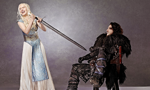 Jon & Daenerys wallpaper possibly with a surcoat, a polonaise, and a kirtle titled Jon & Daenerys for EW