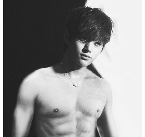 Infinite (인피니트) fond d'écran possibly with a hunk, a six pack, and skin entitled L/Myungsoo ~♡
