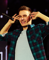 Lee Yum  - liam-payne photo