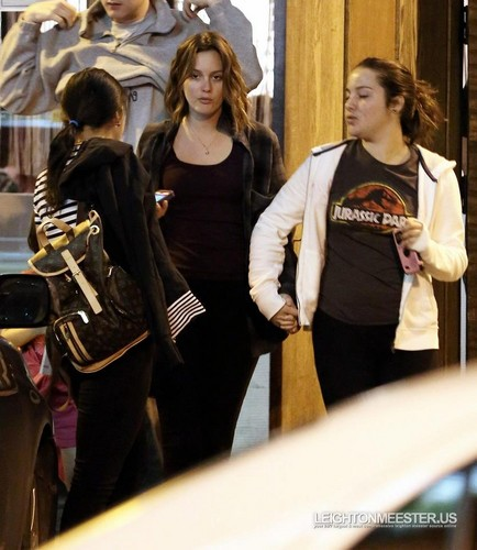 Leighton Meester after dîner with Friends