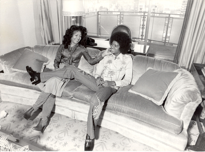 Michael And Older Sister, LaToya In New York City Back In 1977