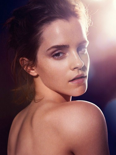 emma watson wallpaper probably with skin called Natural Beauty por James Houston