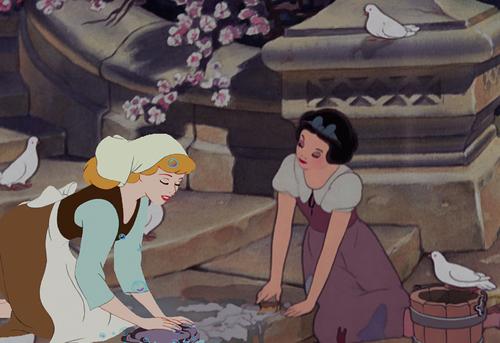 Palace Maids