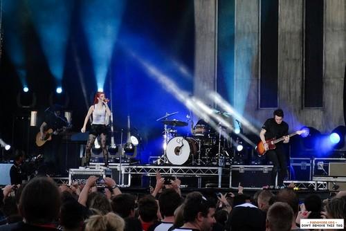 paramore live at Soundwave - Flemington Racecourse, Melbourne, Australia 01032013