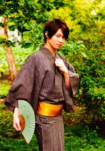 RMB: Kousuke Kujirai as Renji Abarai