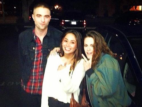 Rob&Kristen(w/ a fan) reunited after 2 months apart
