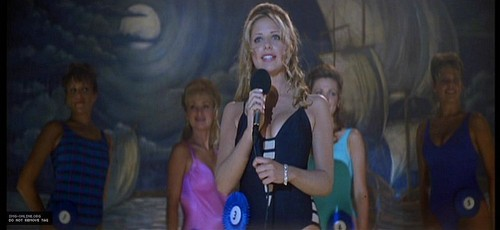 Sarah Michelle Gellar in ''I Know What आप Did Last Summer'' (1997)
