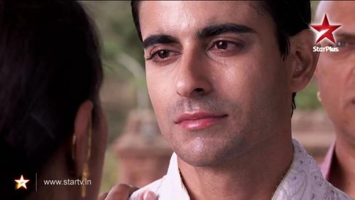 Saraswatichandra (TV series) پیپر وال probably with a portrait entitled Saras