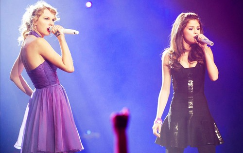 selena gomez wallpaper probably with a konser titled Selena Gomez