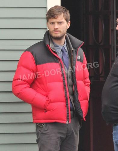 Set 写真 - Jan. 31st 2013 - Episode 2x17 - Jamie Dornan