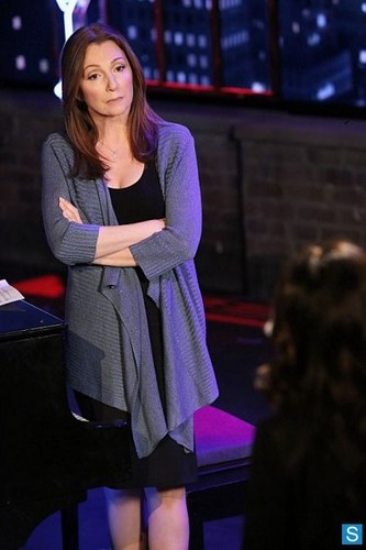 The Mentalist - Episode 5.18 - Behind the Red Curtain - Promotional 写真