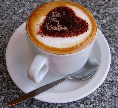 coffee jantung cokelat foam cup