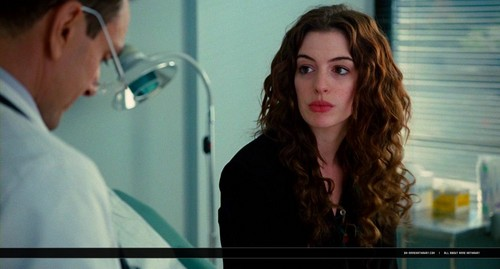 Anne Hathaway wallpaper entitled oh-annehathaway.com - Love and Other Drugs