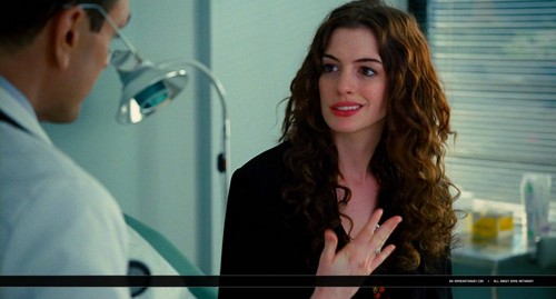 oh-annehathaway.com - upendo and Other Drugs