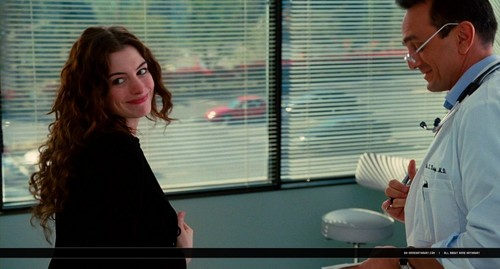 oh-annehathaway.com - Amore and Other Drugs