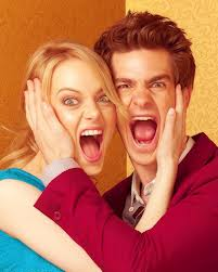 Andrew Garfield and Emma Stone fond d'écran with a portrait called scream