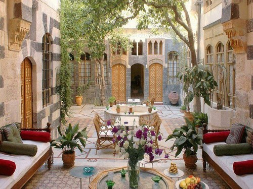 the beauty of the old arabic houses in damascus