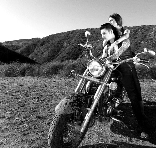 the gallery for gt andy biersack and juliet simms photo shoot